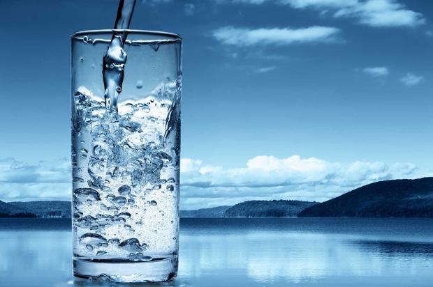 Jak pić więcej wody i chudnąć