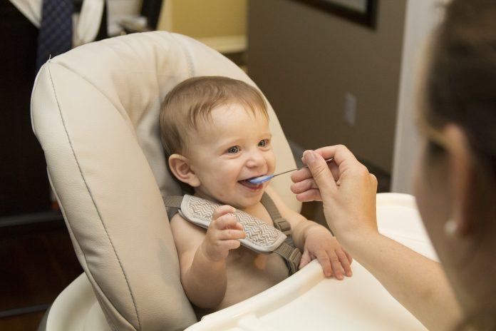 zdrowe odżywianie dziecko niemowle
